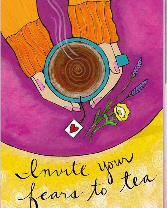 久々に今日のワンオラクル。 ラブノートカードから。 【恐れの気持ちをお茶に招きましょう】  不安に思うのは何故? 不安は恐れ。 温かい気持ちでほぐしましょう。 自分を見つめて。  本当に必要なことは何?  そこからゆったり始めましょう。